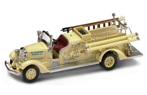 YAT MING 1938 Ahrens-Fox VC Fire Engine