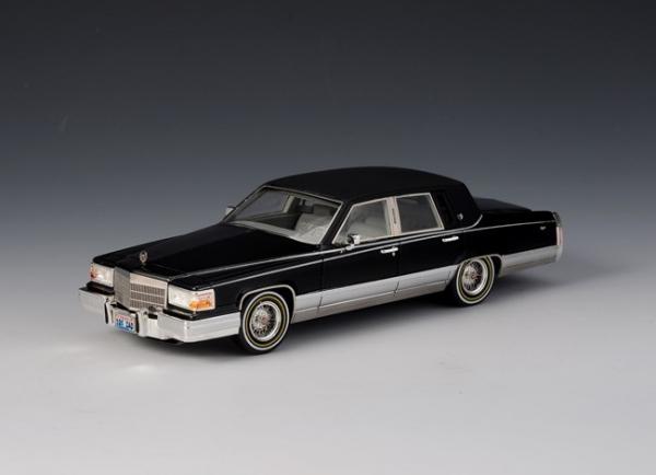 GLM Cadillac Brougham 1991 (black)