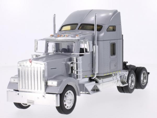 WELLY Kenworth W900 (silver) (32660S)