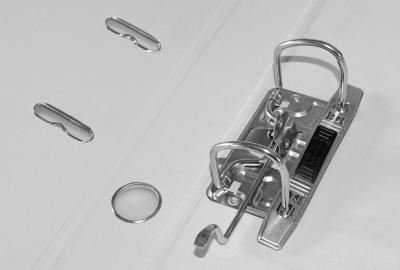 Segregator dźwigniowy Titanum A4 popielaty 75 mm (09)
