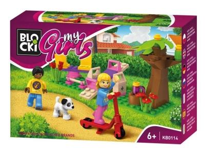 Klocki plastikowe Blocki My Girls Spacer po parku (KB0114)