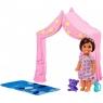 Barbie: Akcesoria spacerowe z laleczką - zabawa w namiocie (FXG94/FXG97)