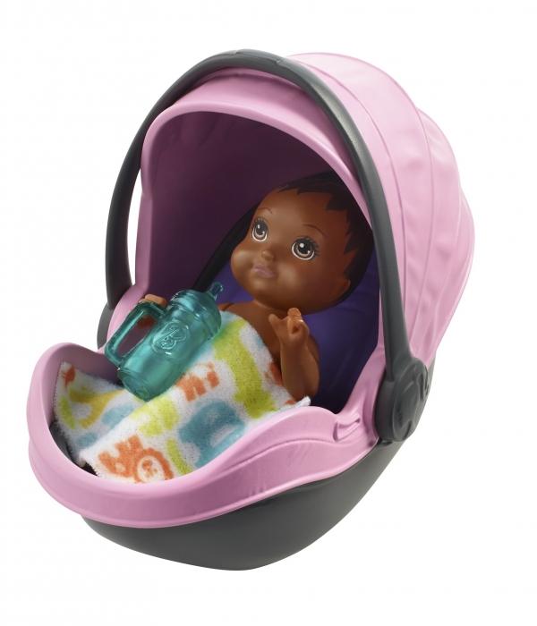 Barbie: Akcesoria spacerowe z laleczką - zestaw z wózkiem