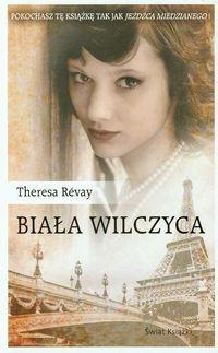 Biała wilczyca Revay Theresa