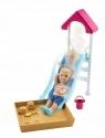 Barbie: Akcesoria spacerowe z laleczką - zestaw z piaskownicą