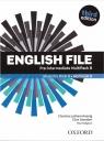 English File. Język angielski. Pre-Intermediate Student`s Book + Workbook. praca zbiorowa