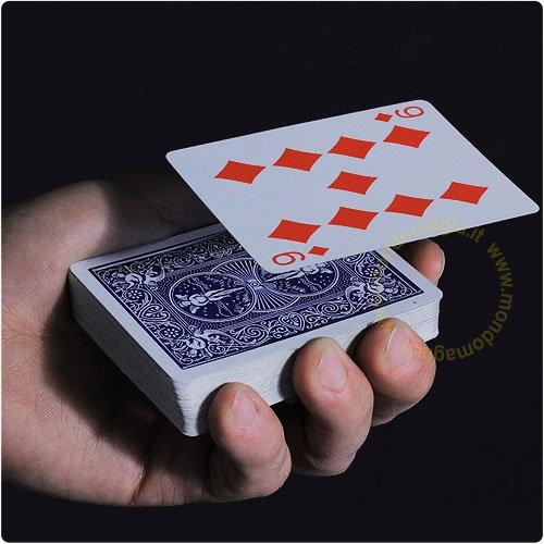 Card float Szybująca karta