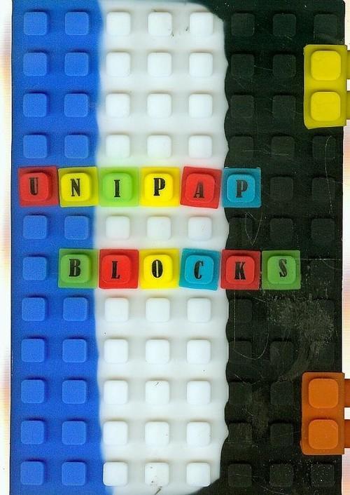 Notes silikonowy A5 Unipap Blocks w kratkę 100 kartek niebiesko-biało-czarny