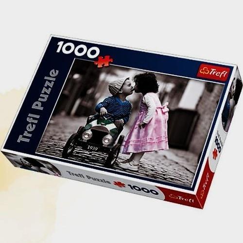 Puzzle 1000 elementów Pierwszy Pocałunek (10320)