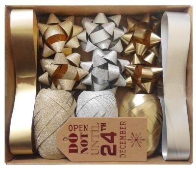 Zestaw do pakowania z rozetkami złoto-srebrny