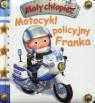 Motocykl policyjny Franka Mały chłopiec