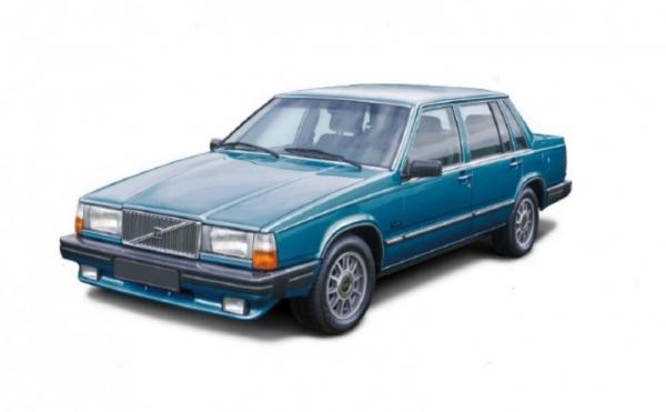 Model do sklejania Volvo 760 GLE (3623)