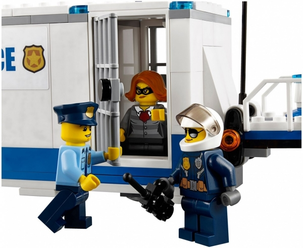 Lego City: Mobilne centrum dowodzenia (60139)