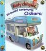 Samochód kempingowy Oskara Mały chłopiec