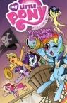 My Little Pony - Przyjaźń to magia Tom 4 Heather Nuhfer