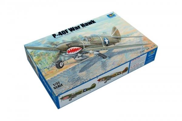 Model plastikowy P-40F War Hawk (03227)