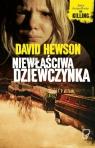 Niewłaściwa dziewczynka  Hewson David