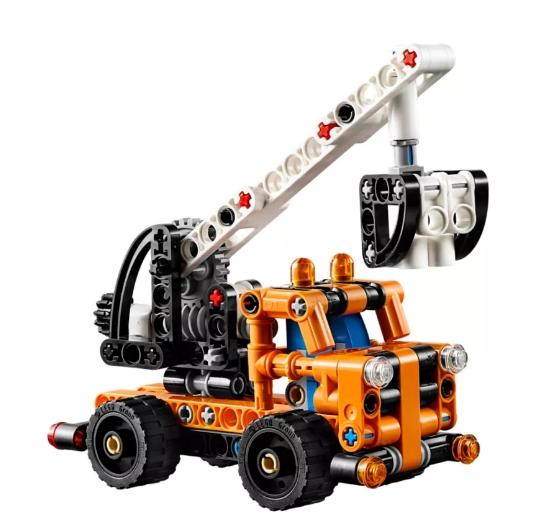 Lego Technic: Ciężarówka z wysięgnikiem (42088)