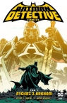 Detective Comics. Rycerz z Arkham. Tom 2