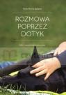 Rozmowa Poprzez Dotyk. GaSa - masaż relaksacyjny psów - Wersja czarno-biała Marta Mucha-Balcerek