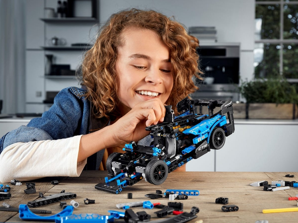 Lego Technic: McLaren Senna GTR™ (42123)