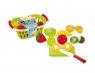 Owoce do krojenia w koszyku