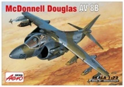 McDD AV-8B HARRIER (A-042)
