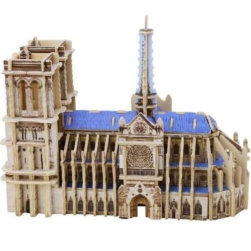 Drewniana katedra