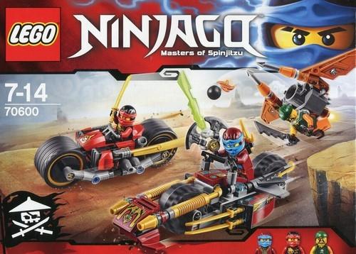Lego Ninjago Pościg na motocyklu (70600)