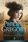 Żona oficera Gregory Philippa