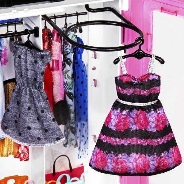 Barbie: Szafa na ubranka + lalka (GBK12)