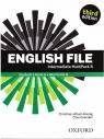 English File. Język angielski. Intermediate Multipack B. Podręcznik + zeszyt praca zbiorowa
