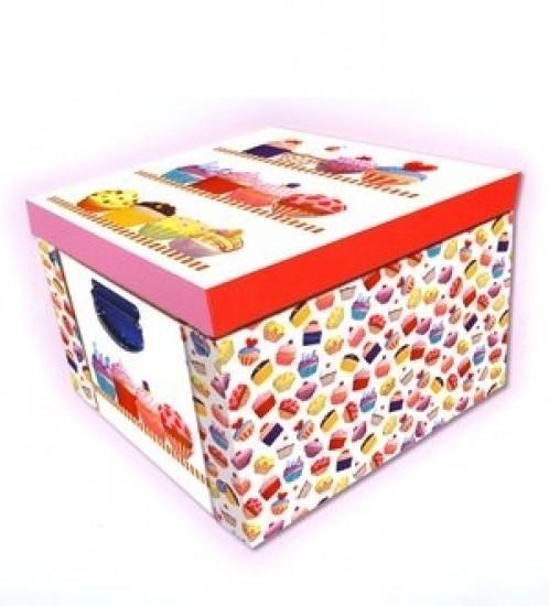 Składane, kartonowe pudełko. Mufinki. Marzipan praca zbiorowa
