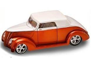YAT MING 1937 Ford V8 Convertible