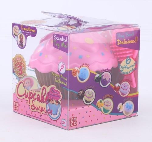 Cupcake Babeczka z niespodzianką Alice