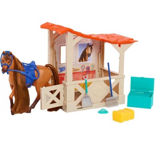 Mustang: Duch wolności Spirit - Stajnia i koń