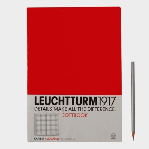 Notatnik A4 w kratkę czerwony
