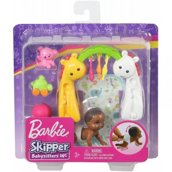 Barbie Skipper - Lalka dziecko raczkujące z akcesoriami do zabawy (GHV83/GHV85)