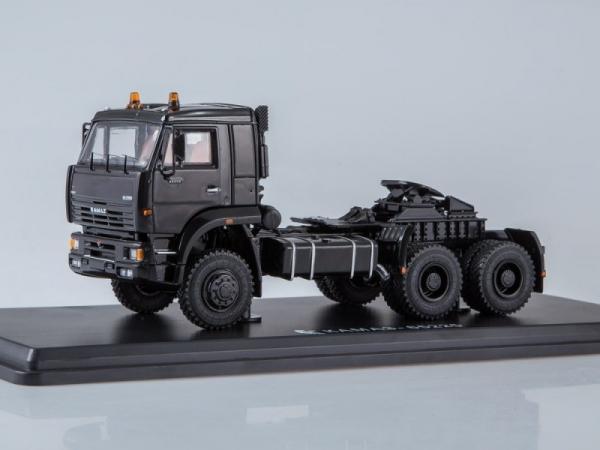 KAMAZ-65225 6x6 Tractor Truck (black) (SSM1255)