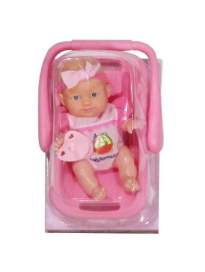 Lalka w nosidełku