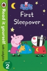 Peppa Pig: First Sleepover Read It Yourself with Ladybird Level 2
