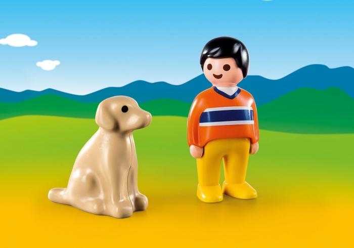 Mężczyzna z psem (9256)