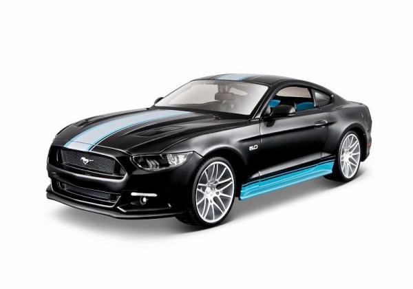 Model kompozytowy Design Ford Mustang GT 1/24 do składania (10139305/1)