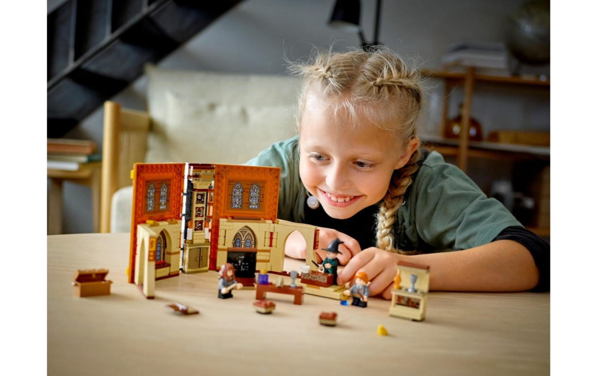 Lego Harry Potter: Chwile z Hogwartu™: zajęcia z transfiguracji (76382)