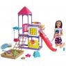 Barbie Skipper: Klub opiekunek - Opieka nad maluszkami. Zestaw do zabawy z lalkami, placem zabaw i ponad 10 akcesoriami (GHV89)