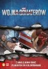 Wojna bohaterów. Kapitan Ameryka Książka z naklejkami i plakatem