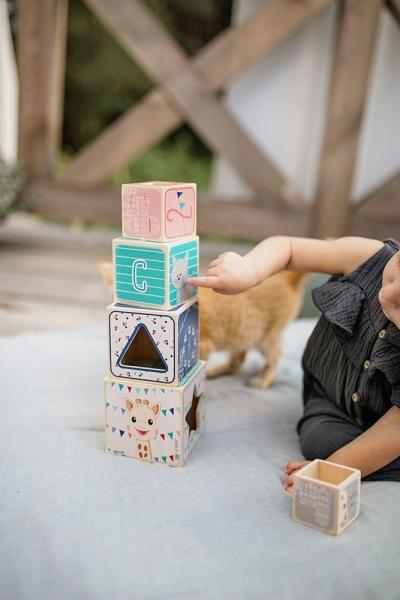 Piramida wieża drewniana Żyrafka Sophie (J09503)
