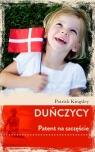 Duńczycy. Patent na szczęście Patrick Kingsley