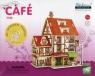 Drewniana kawiarnia