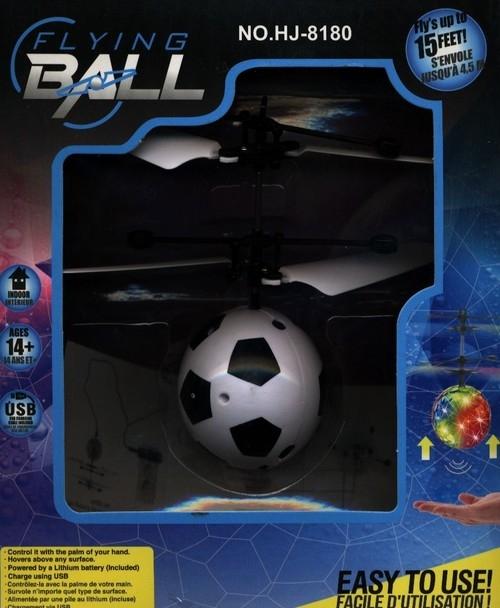Dron piłka